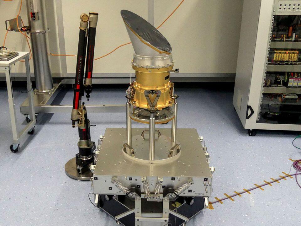 mass-center-of-gravity-COG-moment-of-inertia-MOI-measurement-machine-space-unit