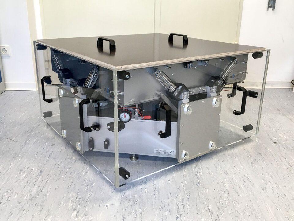 storage-transport-measure-center-of-gravity-moment-of-inertia